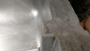 Sharp_edge_of_mold